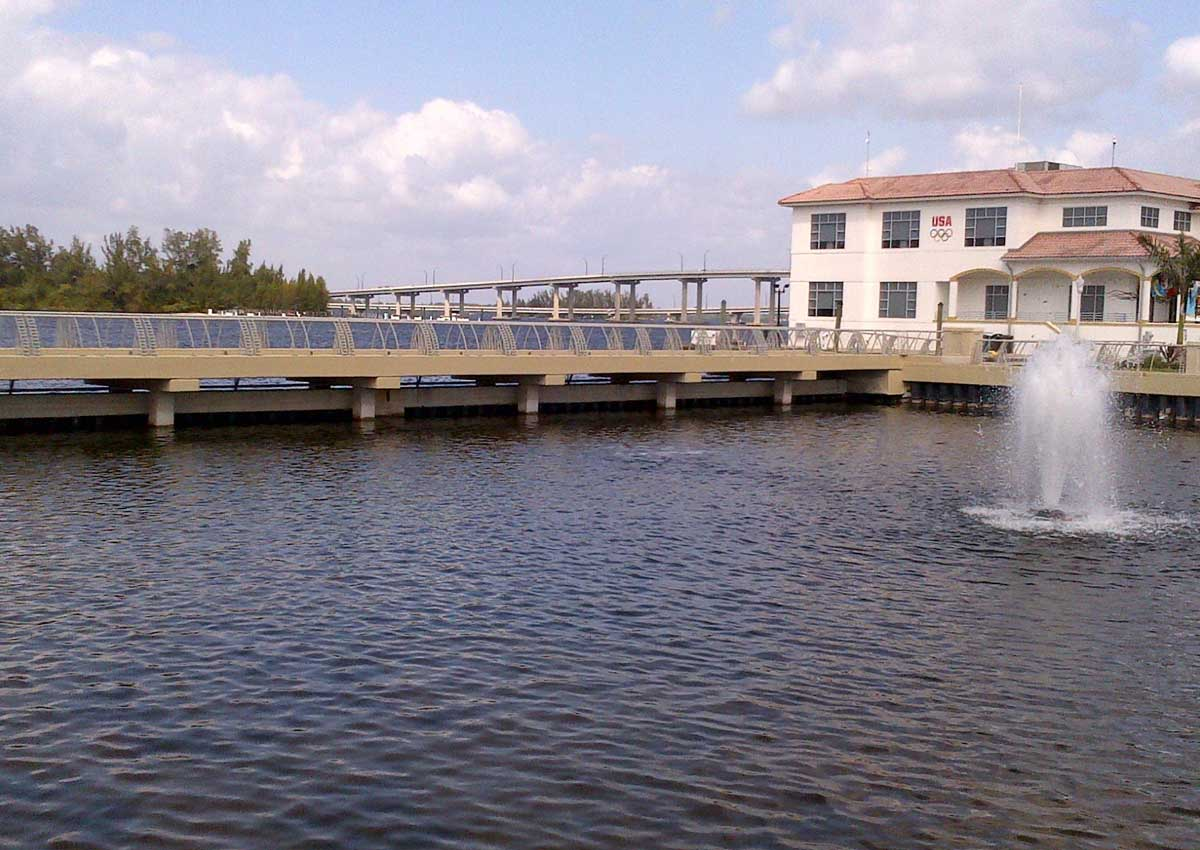 Downtown Basin Retaining Walls & Pedestrian Bridge